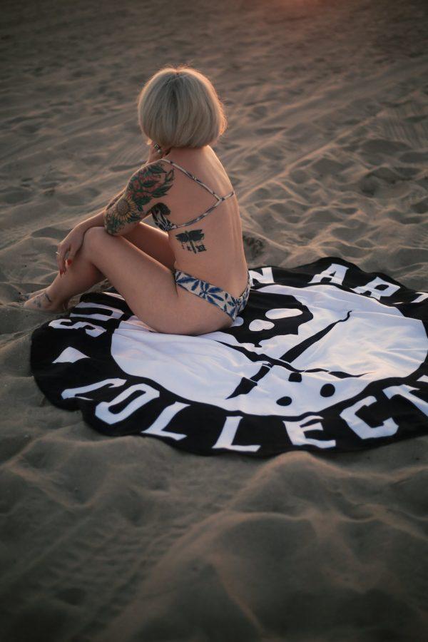 BADGE BEACH TOWEL